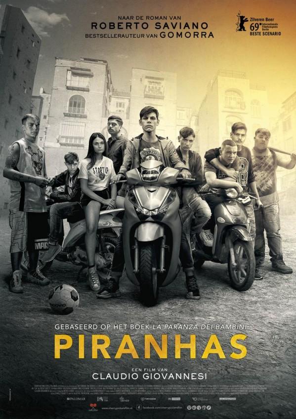 65 Film kort Piranhas