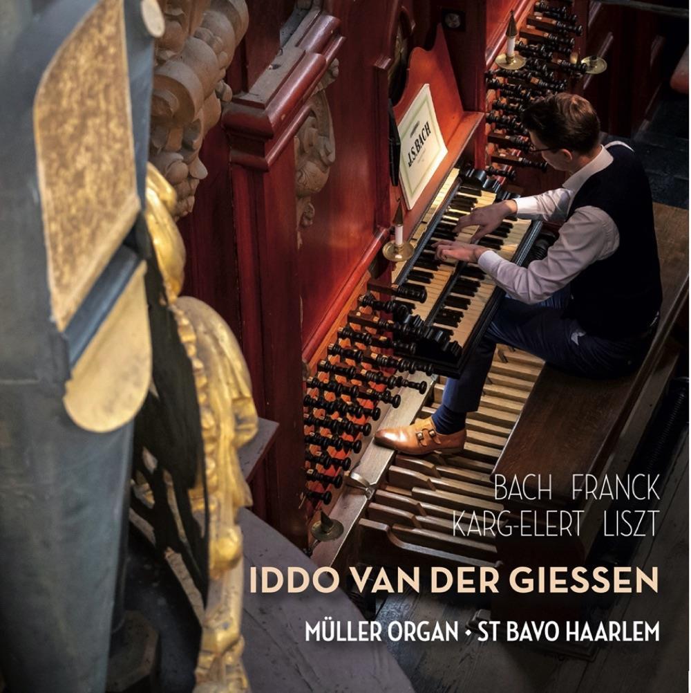 Organist-met-historisch-besef